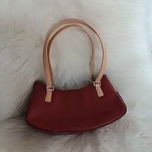 Guess shoulder bag shiny glossy red Small